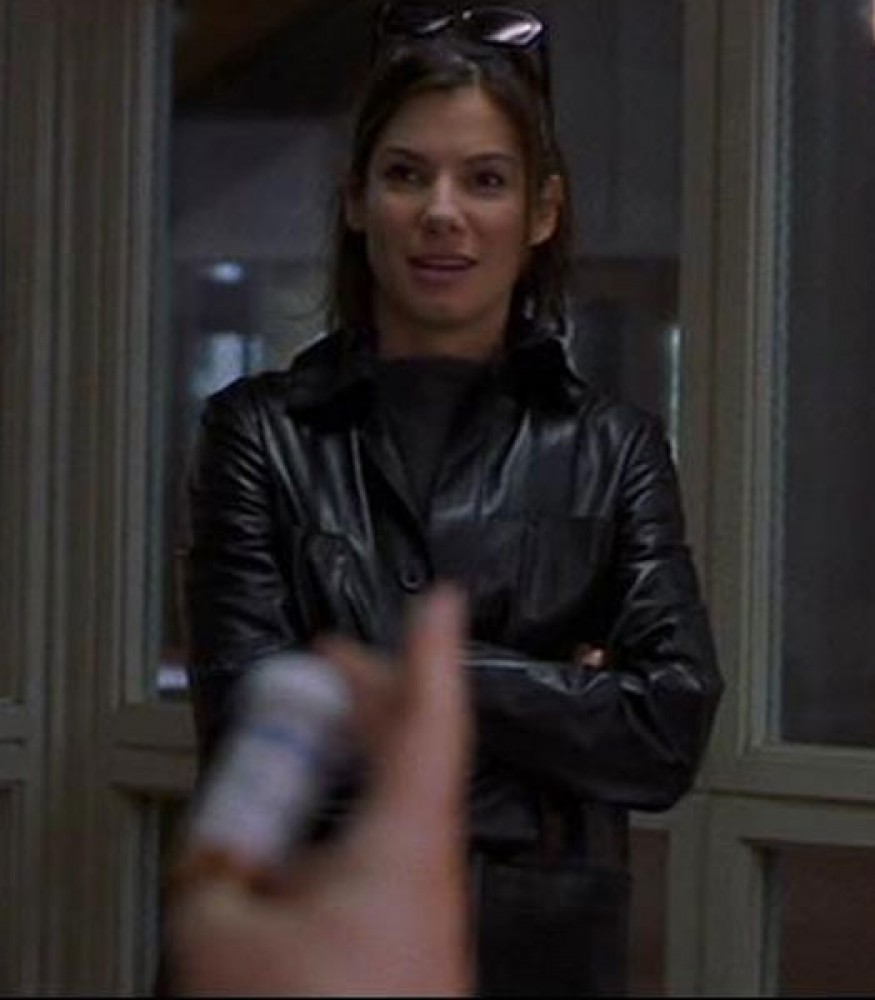 28 DAYS SANDRA BULLOCK BLACK COAT