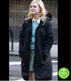 A RAINY DAY IN NEW YORK ELLE FANNING (ASHLEIGH) BLACK COTTON COAT WITH HOOD